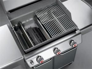Weber Genesis S-310 - Aluminum/Steel Cookbox